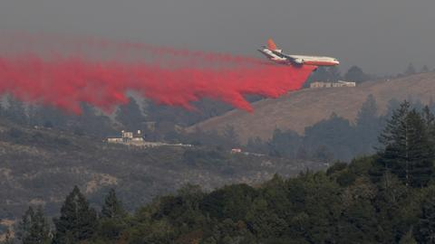 Firefighters gain edge in battle with deadly California blazes