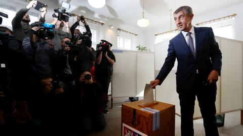Party of anti-immigrant billionaire takes wide lead in Czech election