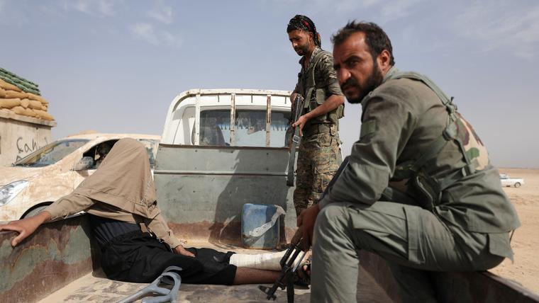 US-backed militia captures Deir Ezzor oil field