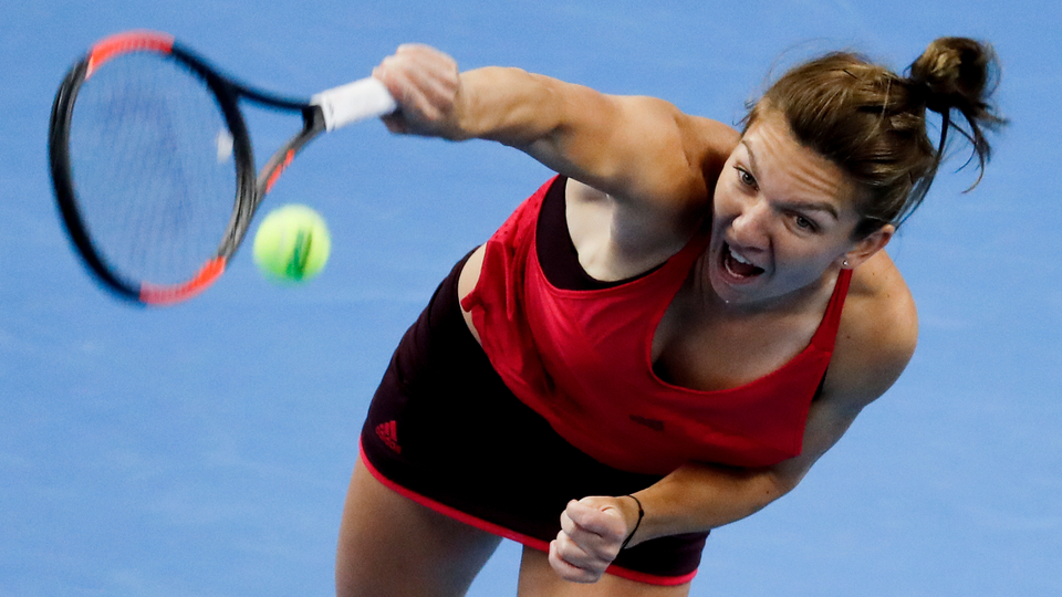 Halep knocks error-prone Shara out of China Open