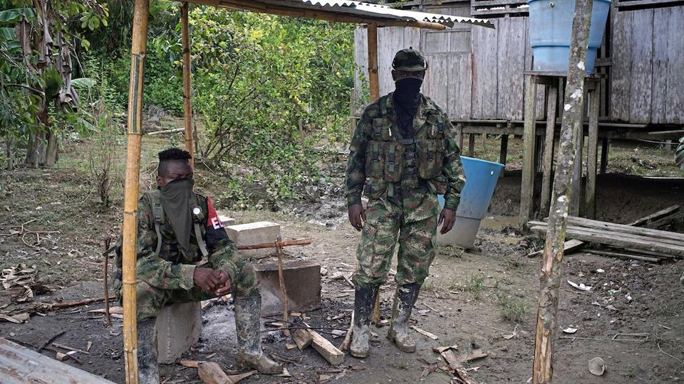 Rebels from Colombia's Marxist National Liberation Army (ELN) take a rest outside a farmer's home, in the northwestern jungles, Colombia August 31, 2017. (Reuters)