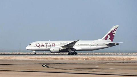 Qatar Airways buys 9.6 percent stake in Cathay Pacific