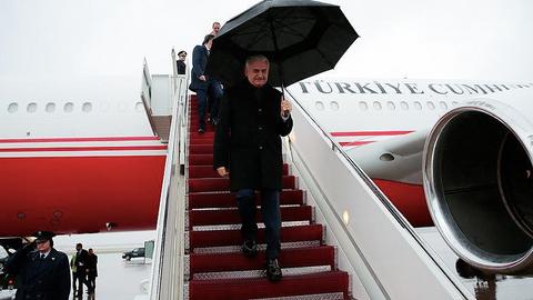 Turkish PM arrives in US as visa spat softens