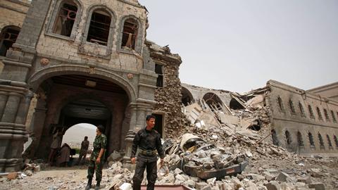 Witnesses say Saudi warplanes hit defence ministry in Yemen capital