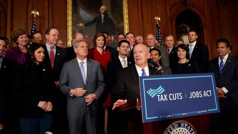 US House of Representatives approves tax overhaul, shifts fight to Senate