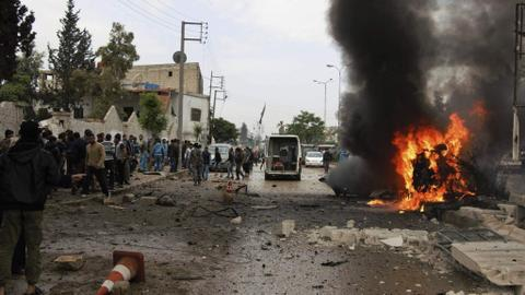 Car bomb attack kills at least 26 in Syria, war monitor says