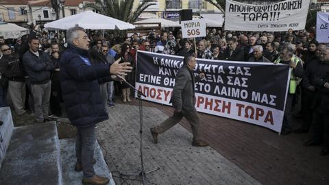 Greek island on strike to protest increasing migrant population