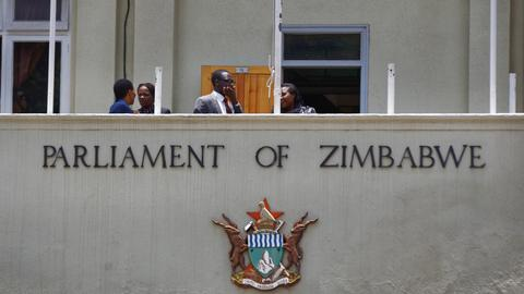 Zimbabwe's parliament initiates impeachment proceedings against Mugabe