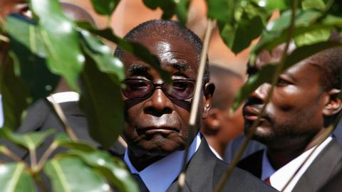 Mugabe resigns as president of Zimbabwe after 37-year-rule