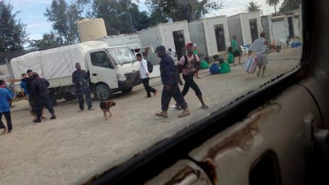 PNG police resume eviction of refugees from Manus Island camp