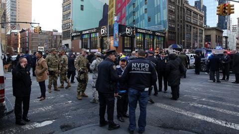 Pipe bomb strapped to man explodes in NYC subway, injuring four