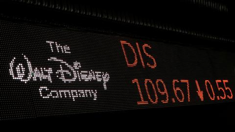Comcast steps down from bid, leaving 21st Century Fox to Disney