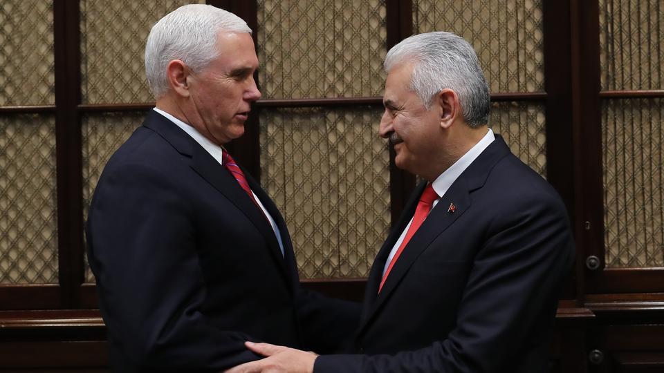 Turkish PM to meet US VP Pence over visa row