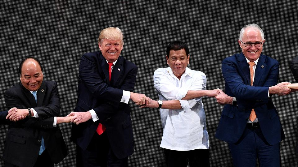 The US president is in the Philippines with leaders of 18 other nations for two days of summits. November 13, 2017